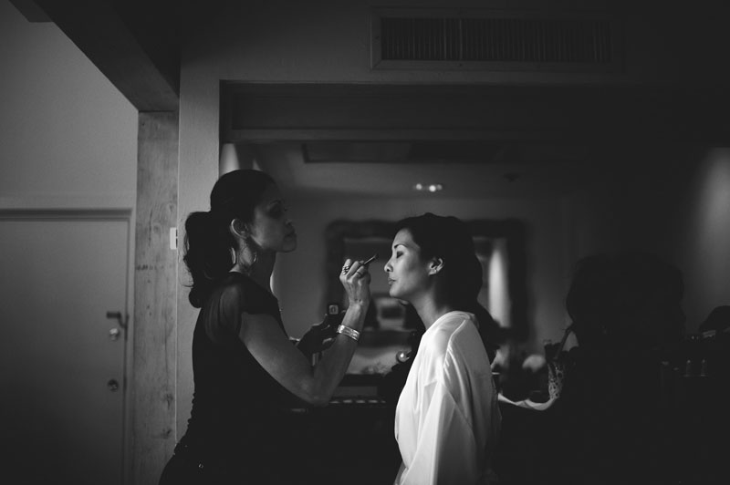grand hyatt tampa bay wedding: bride getting makeup done