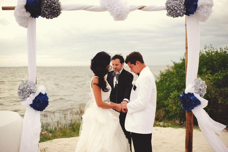 grand hyatt tampa bay wedding: prayer