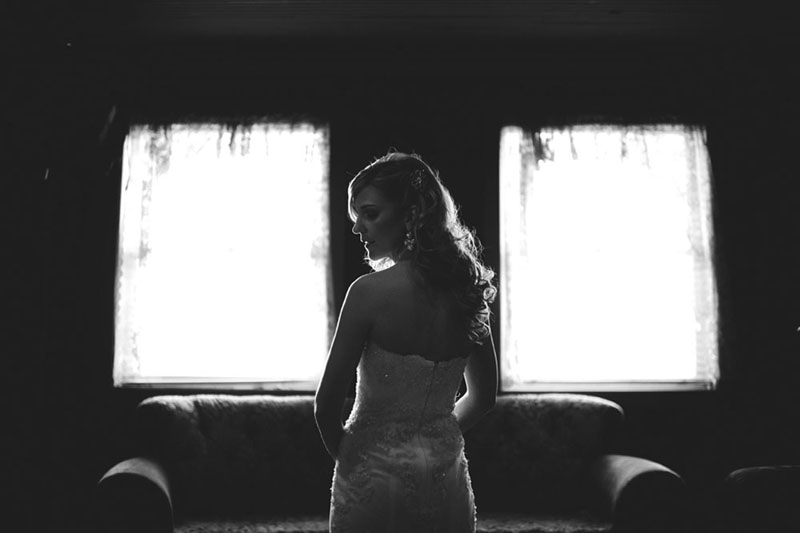 House of Blues Wedding: bridal portrait