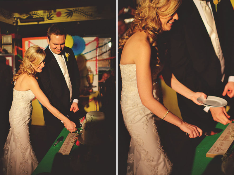 House of Blues Wedding: cake cutting