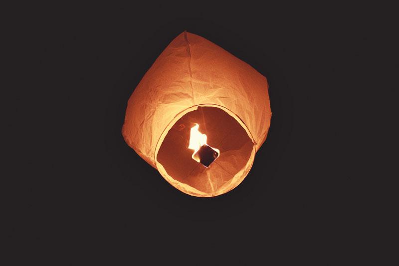Harbour Island Wedding: wishing lanterns