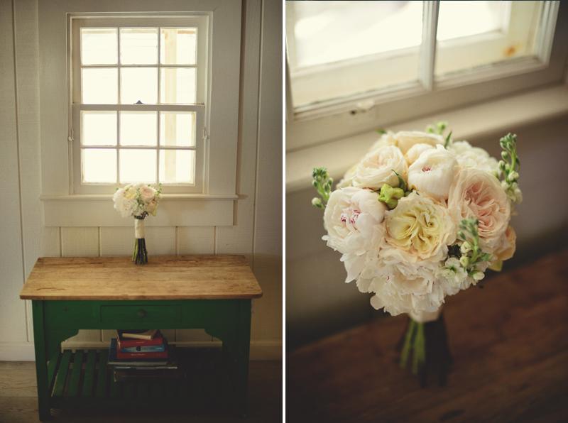 Harbour Island Wedding: brides bouquet