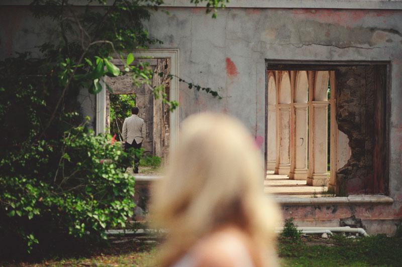 Harbour Island Wedding: haunted house