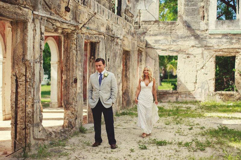 Harbour Island Wedding: first look