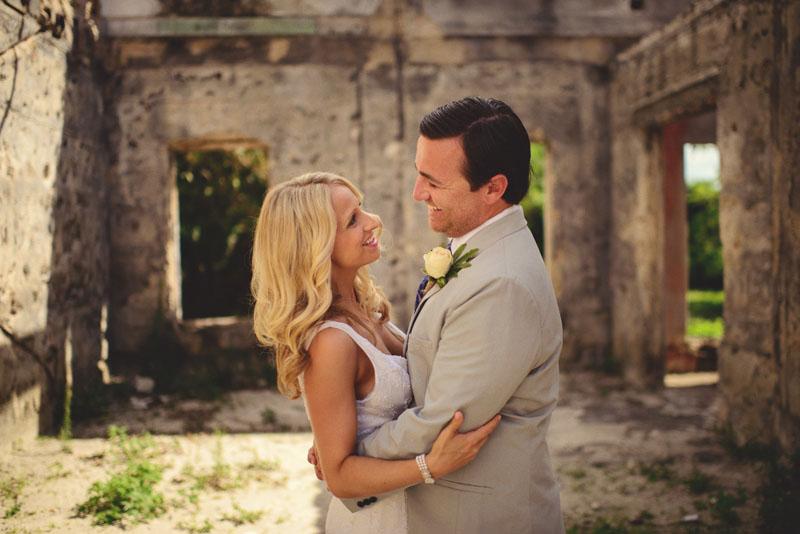 Harbour Island Wedding: first look portraits