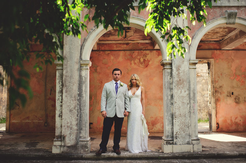 Harbour Island Wedding: bride and groom portraits