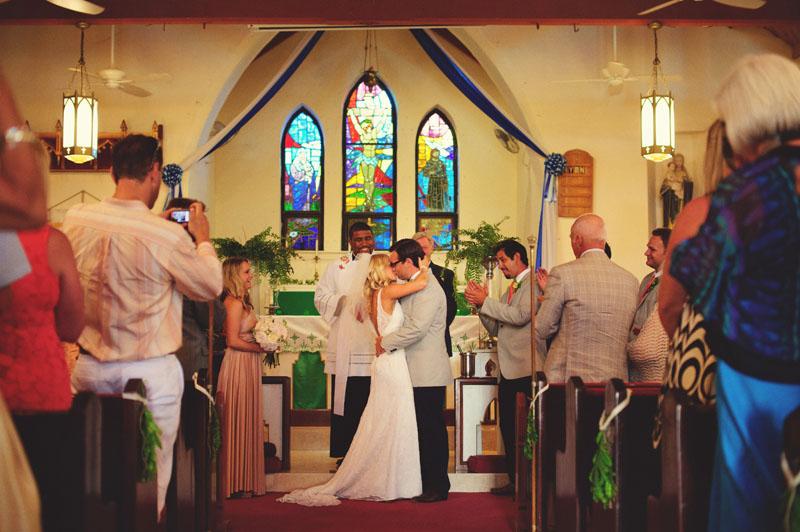 Harbour Island Wedding: first kiss