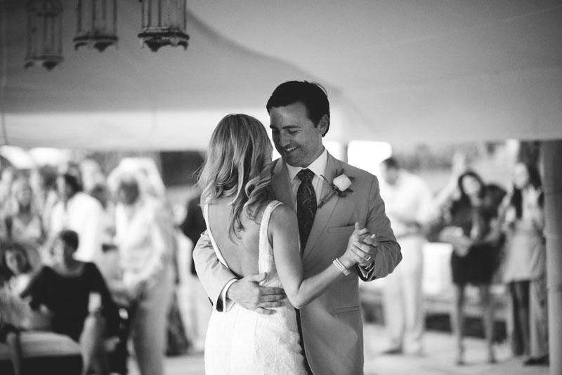 Harbour Island Wedding: intimate dancing