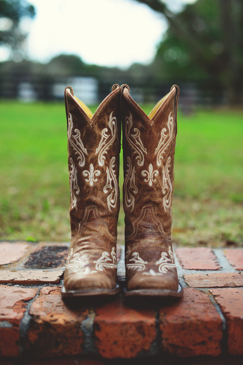 plant city farm wedding: boots