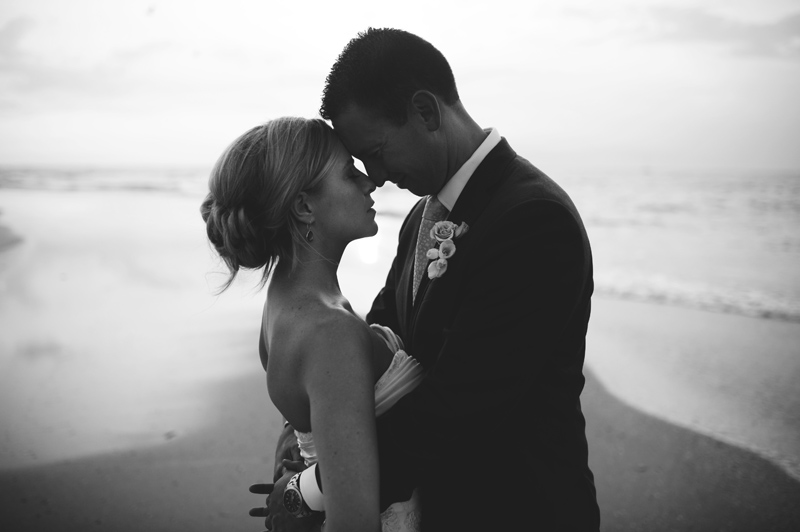 siesta key backyard wedding: portraits