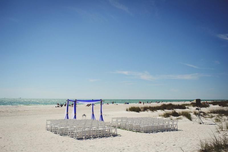 anna maria island wedding: ceremony site