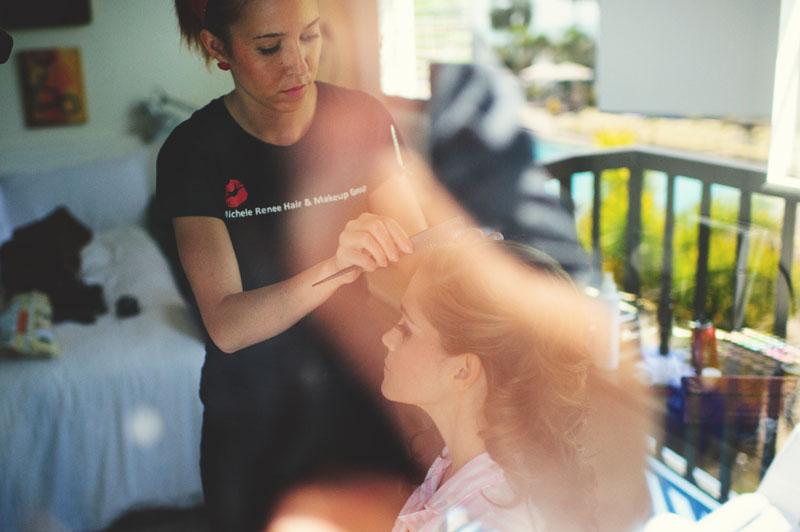 postcard inn holiday isles wedding: bride getting hair done