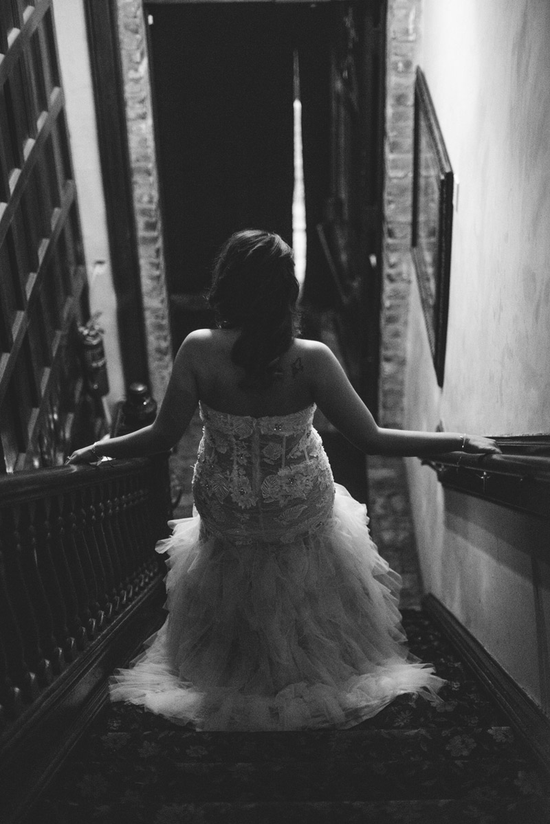 ceviche orlando wedding: bride walking down stairs