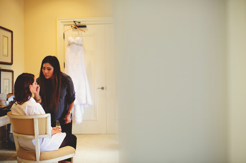 lakewood ranch wedding: bride getting make up done