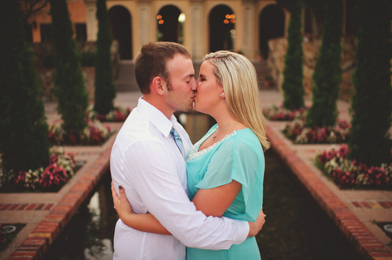 bella collina engagement session: reflection pond kissing