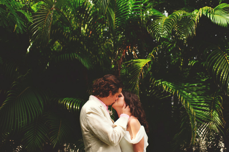 sanibel island wedding: bride and groom kissing