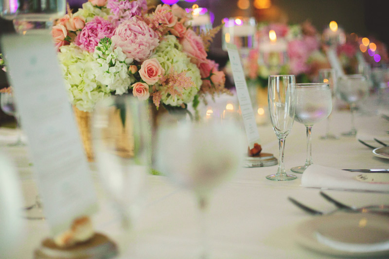 sanibel island wedding: table centerpieces