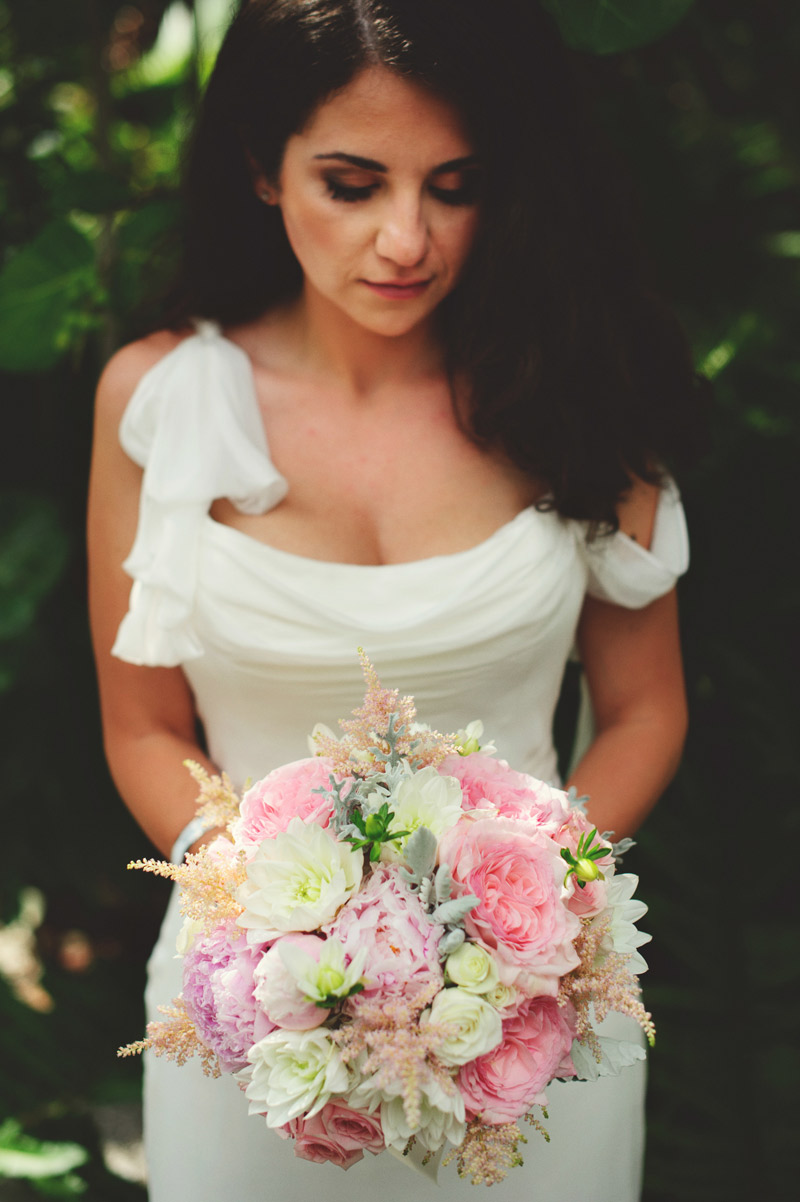 sanibel island wedding: brides bouquet libbys flowers