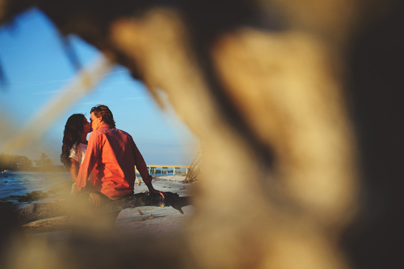 romantic-driftwood-beach-engagement-session-087