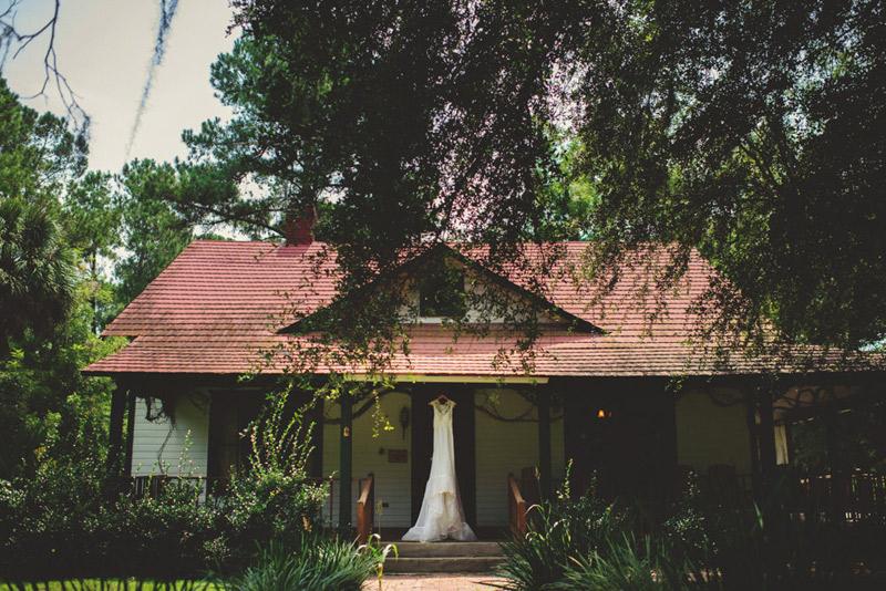 the glen venue wedding: dress