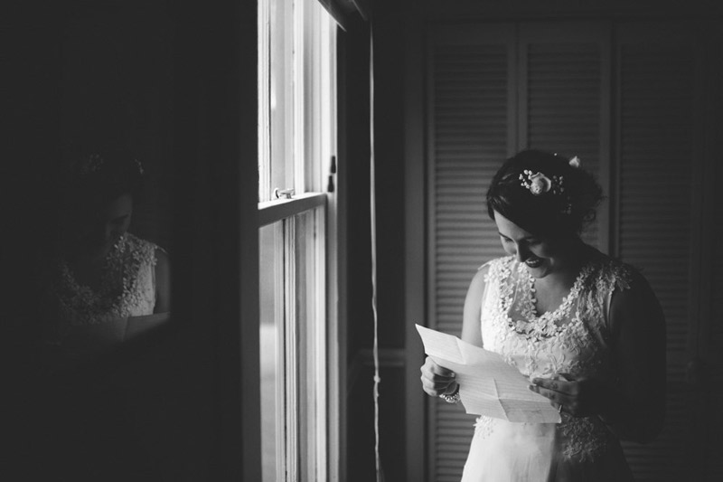 the glen venue wedding: bride ready grooms note