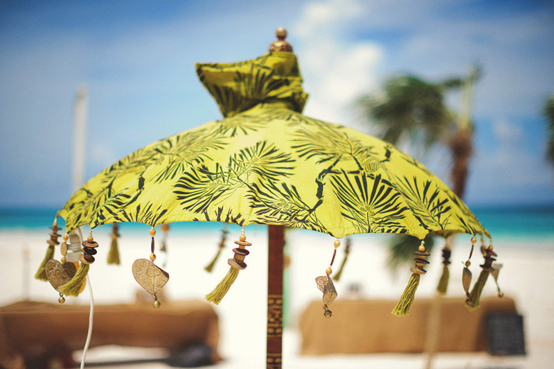harbour island bahamas wedding: umbrella