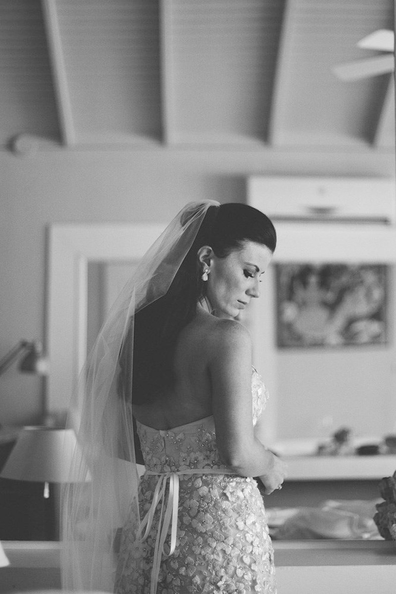 harbour island bahamas wedding: bride portraits