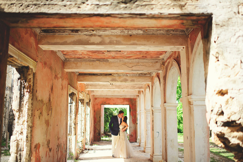 harbour island bahamas wedding: bride and groom portraits