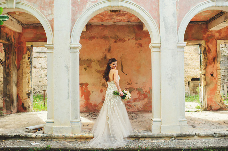 harbour island bahamas bridal photographer