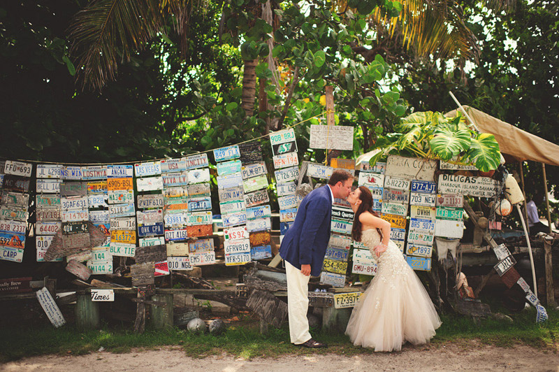 harbour island bahamas wedding: license plate wall