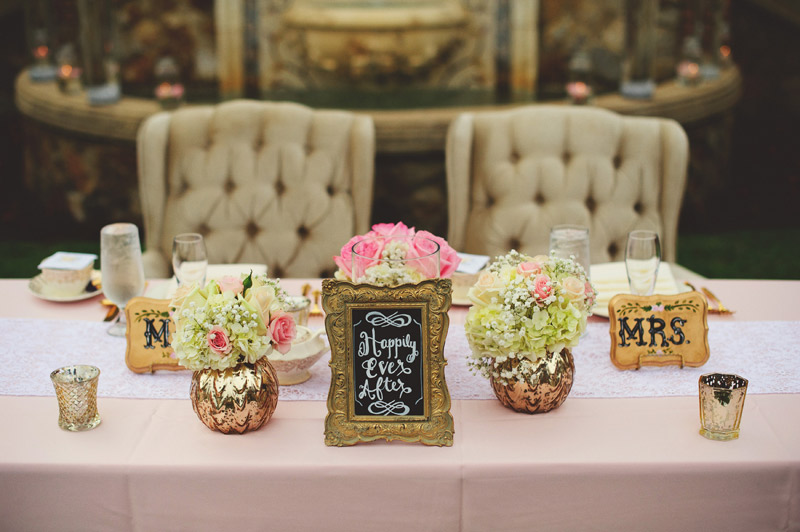 bella collina wedding: sweet heart table