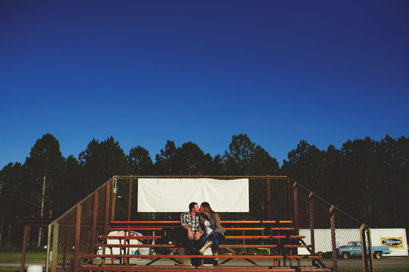 romantic-woodsy-farm-engagement-jason-mize-014