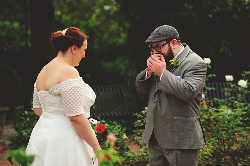 winter park farmers market wedding: grooms reaction