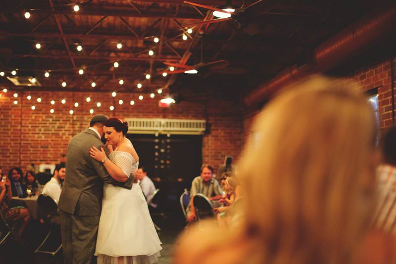 winter park farmers market wedding: first dance