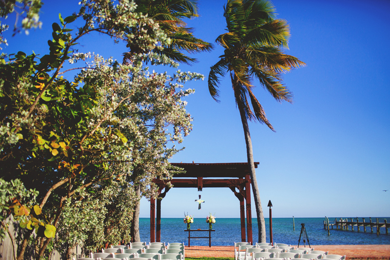caribbean resort wedding: ceremony setup