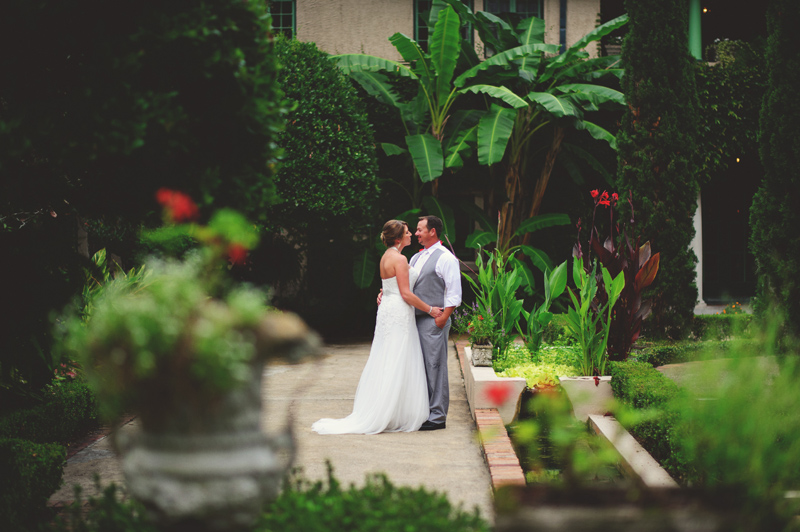 the club continental wedding: romantic photos