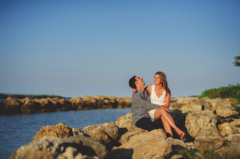 jupiter-romantic-engagement-photos-020