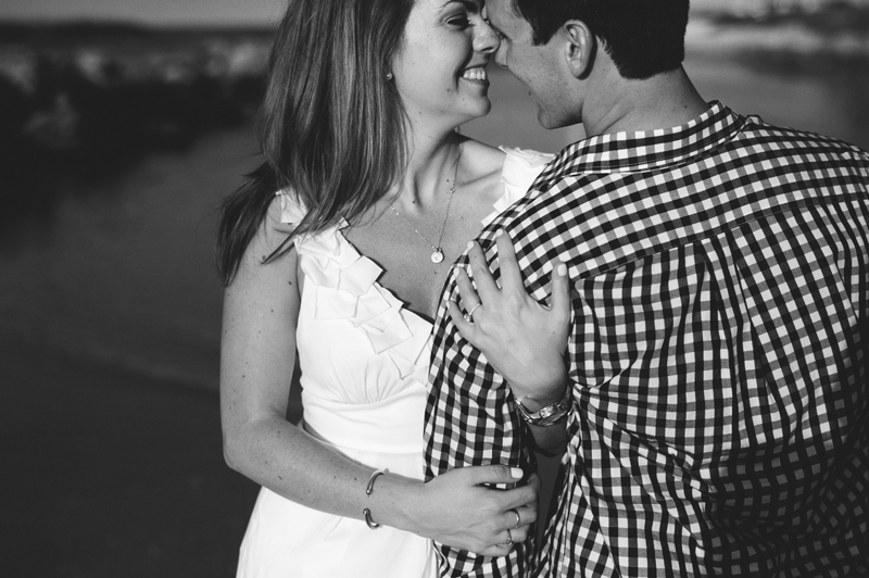 jupiter-romantic-engagement-photos-024