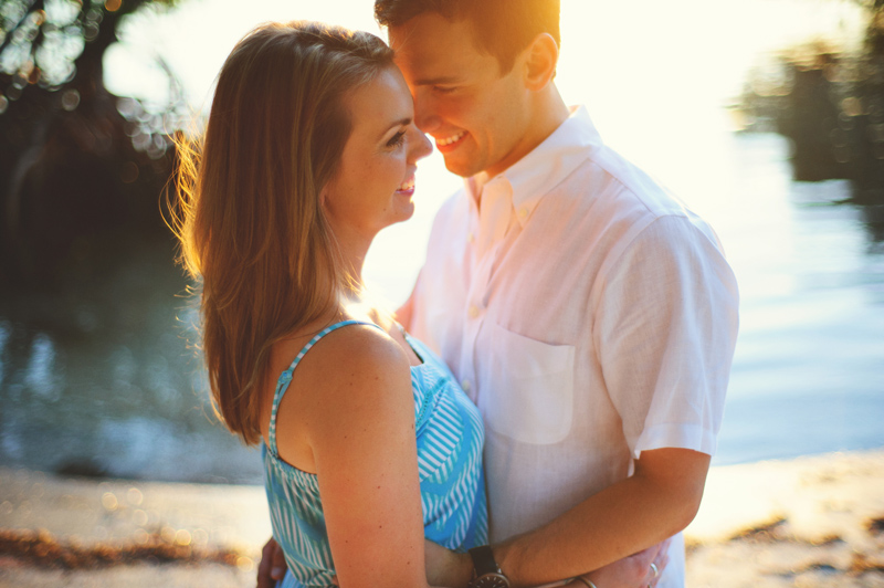 jupiter-romantic-engagement-photos-033