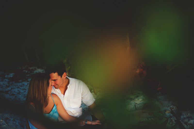 jupiter-romantic-engagement-photos-040
