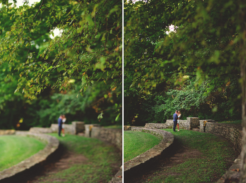 romantic-nashville-downtown-engagement-010