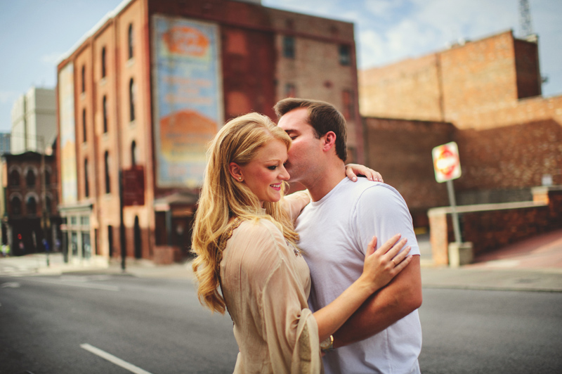 romantic-nashville-downtown-engagement-023