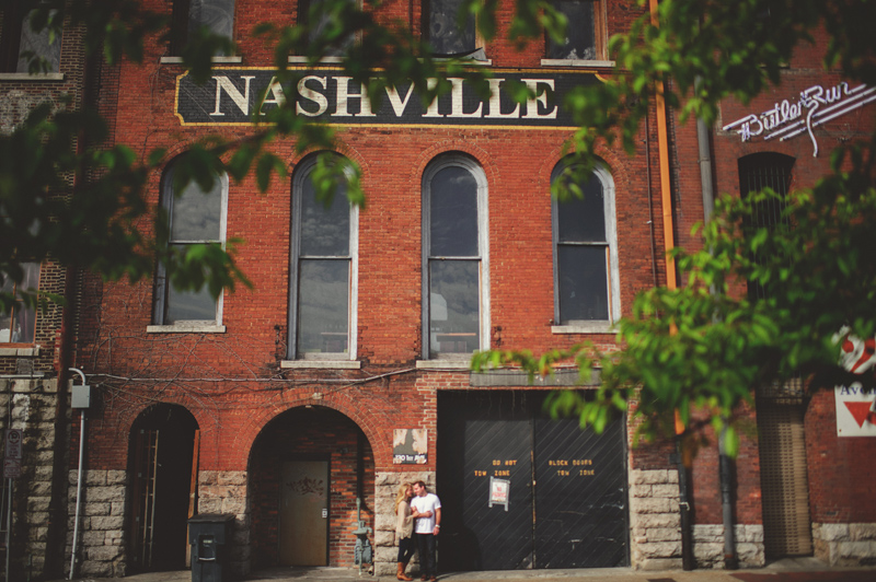 downtown nashville wedding: riverside