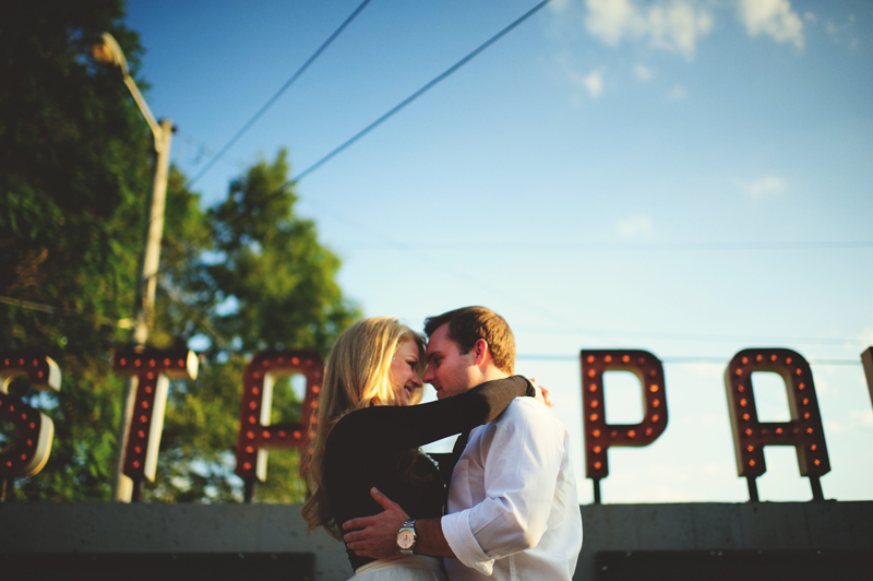 romantic-nashville-downtown-engagement-044