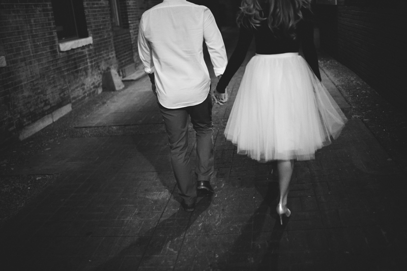 romantic-nashville-downtown-engagement-055