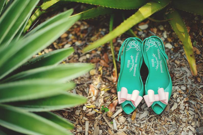 modern-vintage-selby-gardens-wedding-jason-mize-019