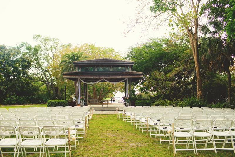 modern-vintage-selby-gardens-wedding-jason-mize-041