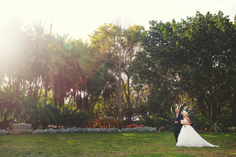 modern-vintage-selby-gardens-wedding-jason-mize-045