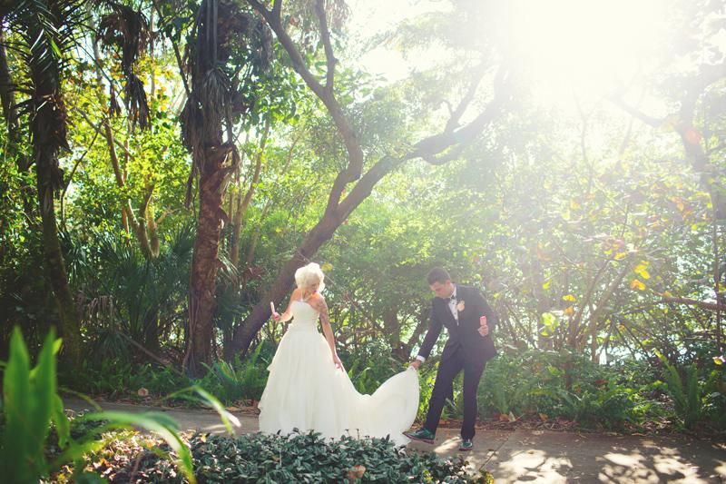 modern-vintage-selby-gardens-wedding-jason-mize-066