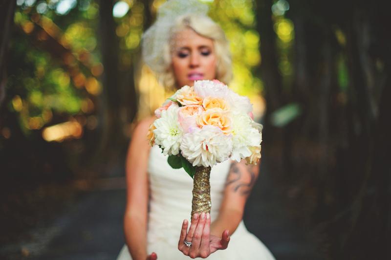 modern-vintage-selby-gardens-wedding-jason-mize-086
